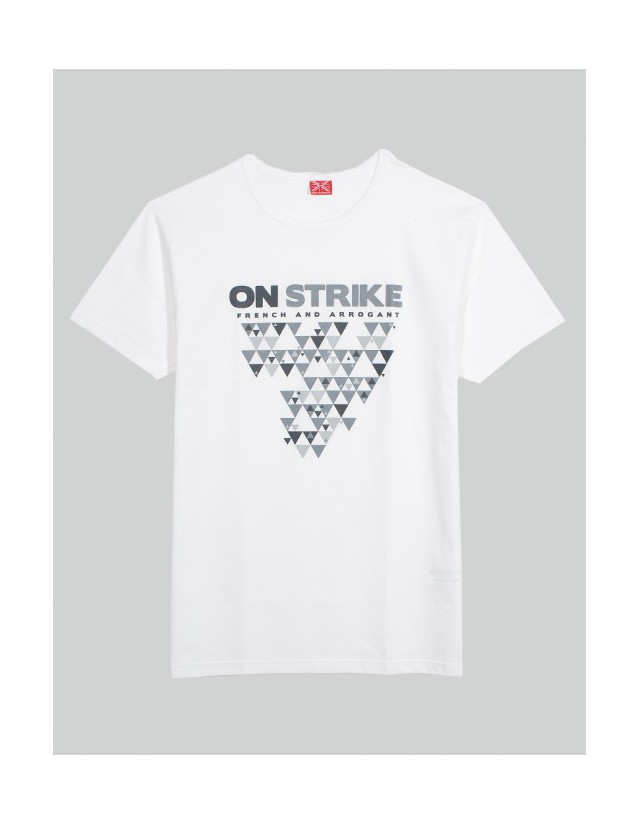 TEE-SHIT ON STRIKE